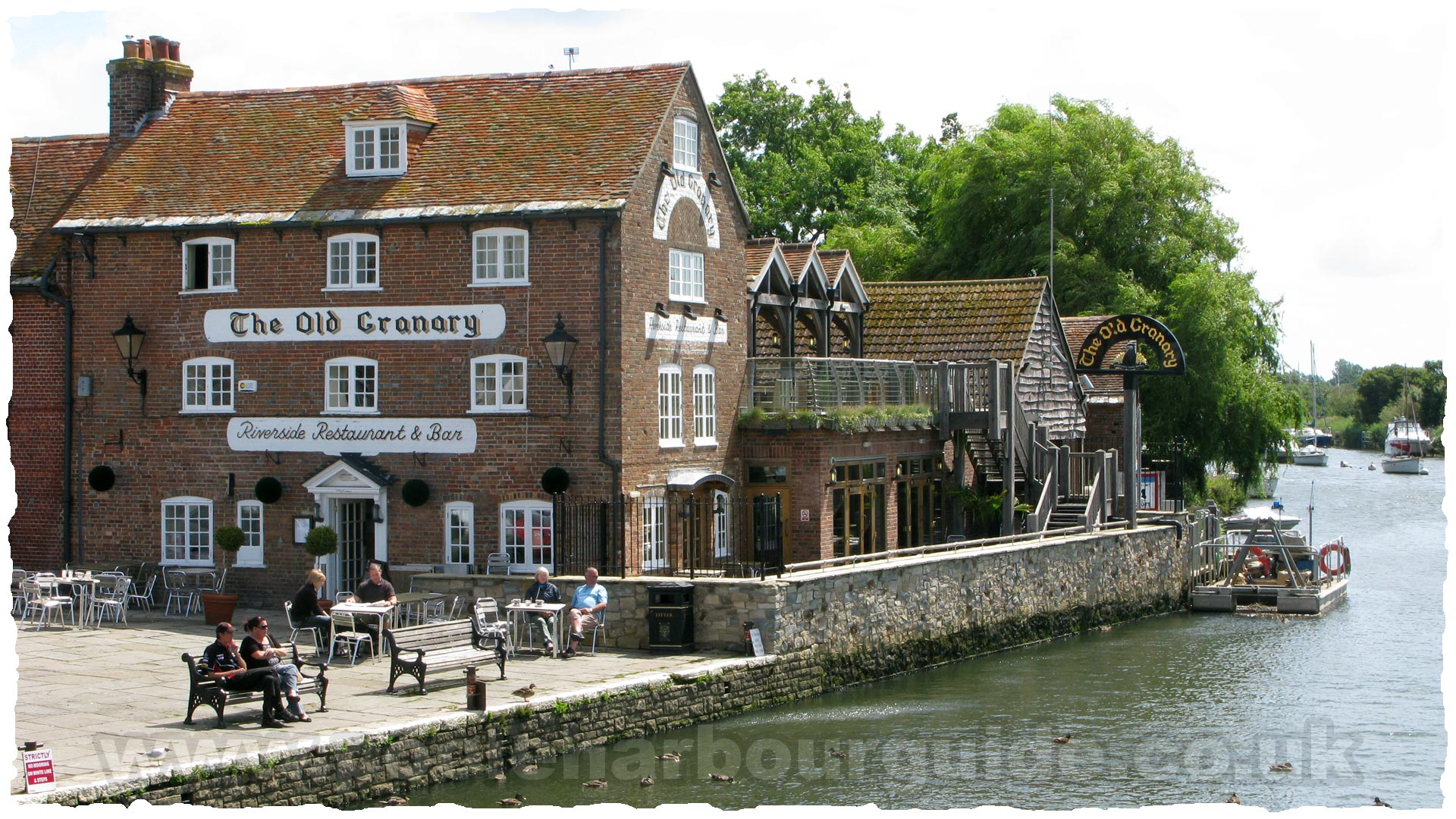 Poole Harbour Tides >> Wareham Restaurants Guide and Reviews